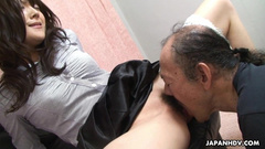 Young Asian chick spreads legs and gets her pussy licked off